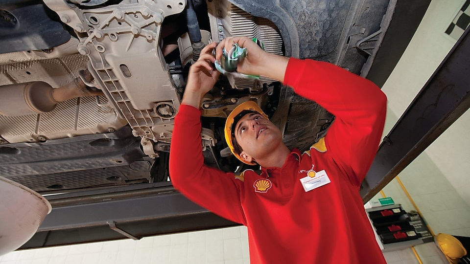 Shell Lubricants for auto and truck dealers